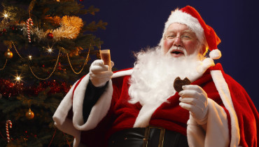 santa-claus-wallpaper-1366x768